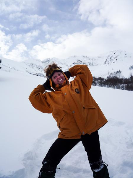 Rando-sommet et initiation au DVA et secours en raquettes à neige dans les Pyrénées
