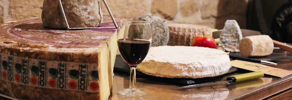Initiation à l'art du mariage fromages et vins, avec un expert