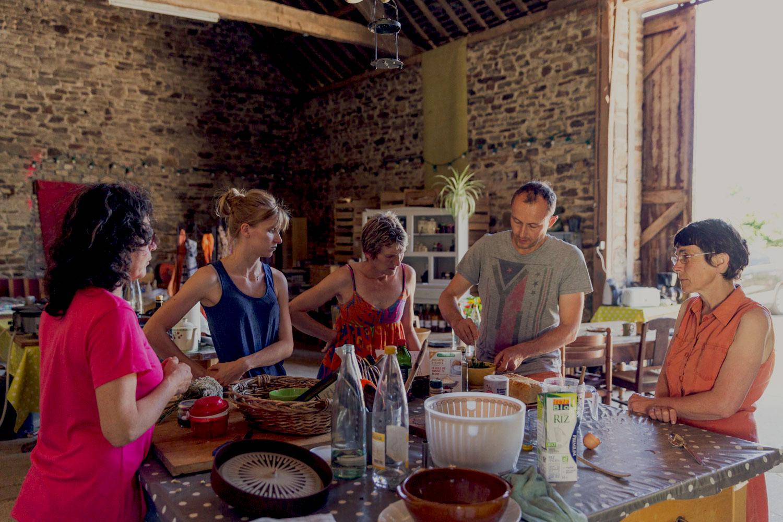 Atelier cueillette et cuisine de plantes sauvages en Bretagne