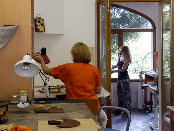 Apprendre le travail du cuir avec un artisan dans l'Aveyron