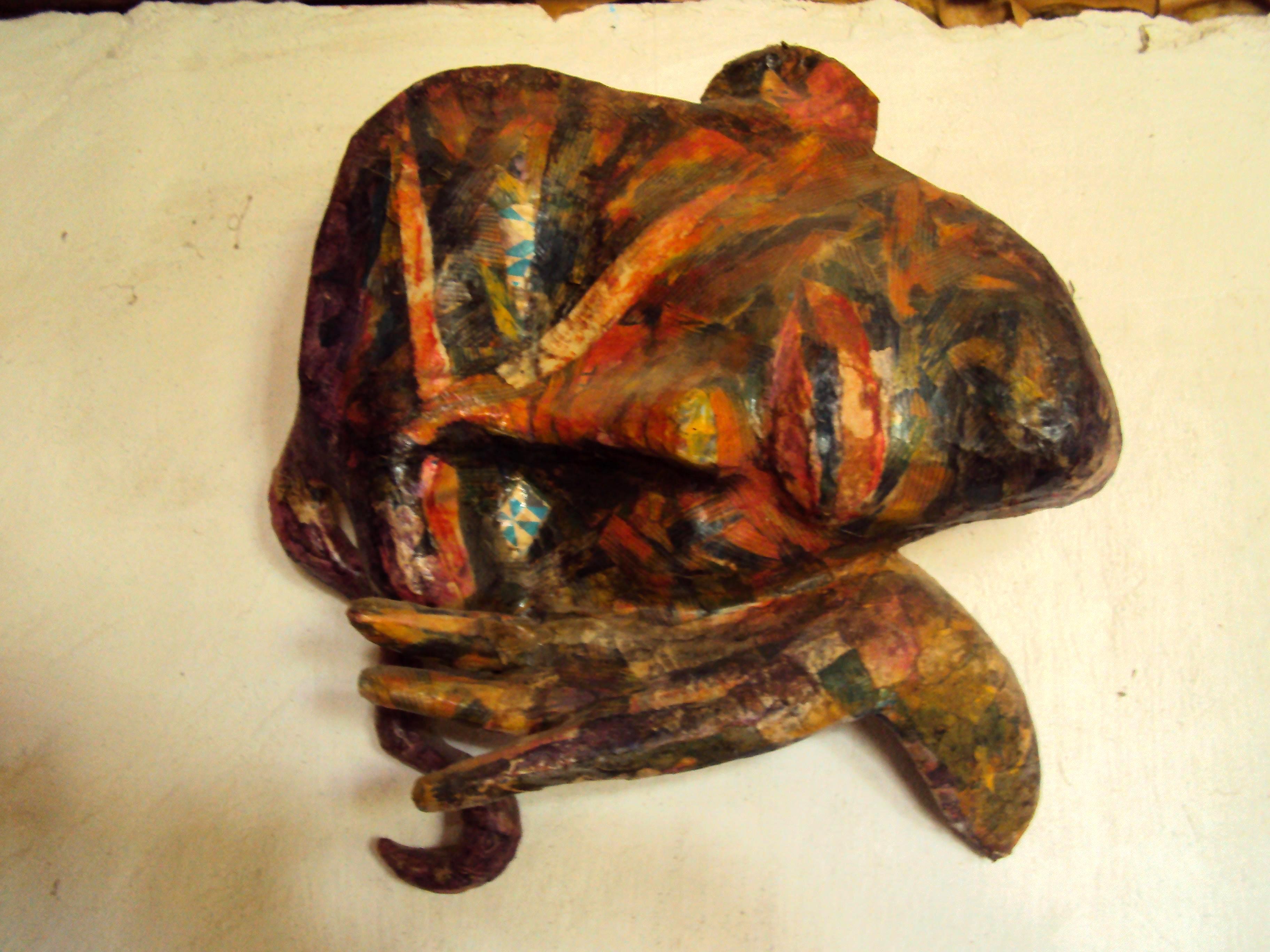 Créez un masque en papier mâché, à coté de Font Romeu