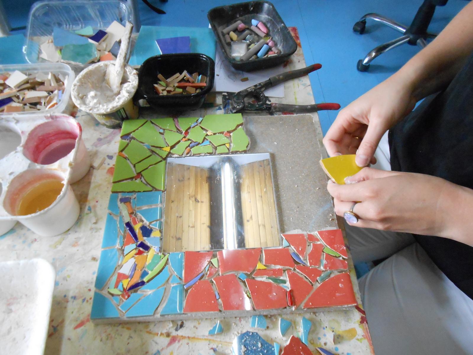 Atelier de mosaïque au cœur de la Drôme Provençale