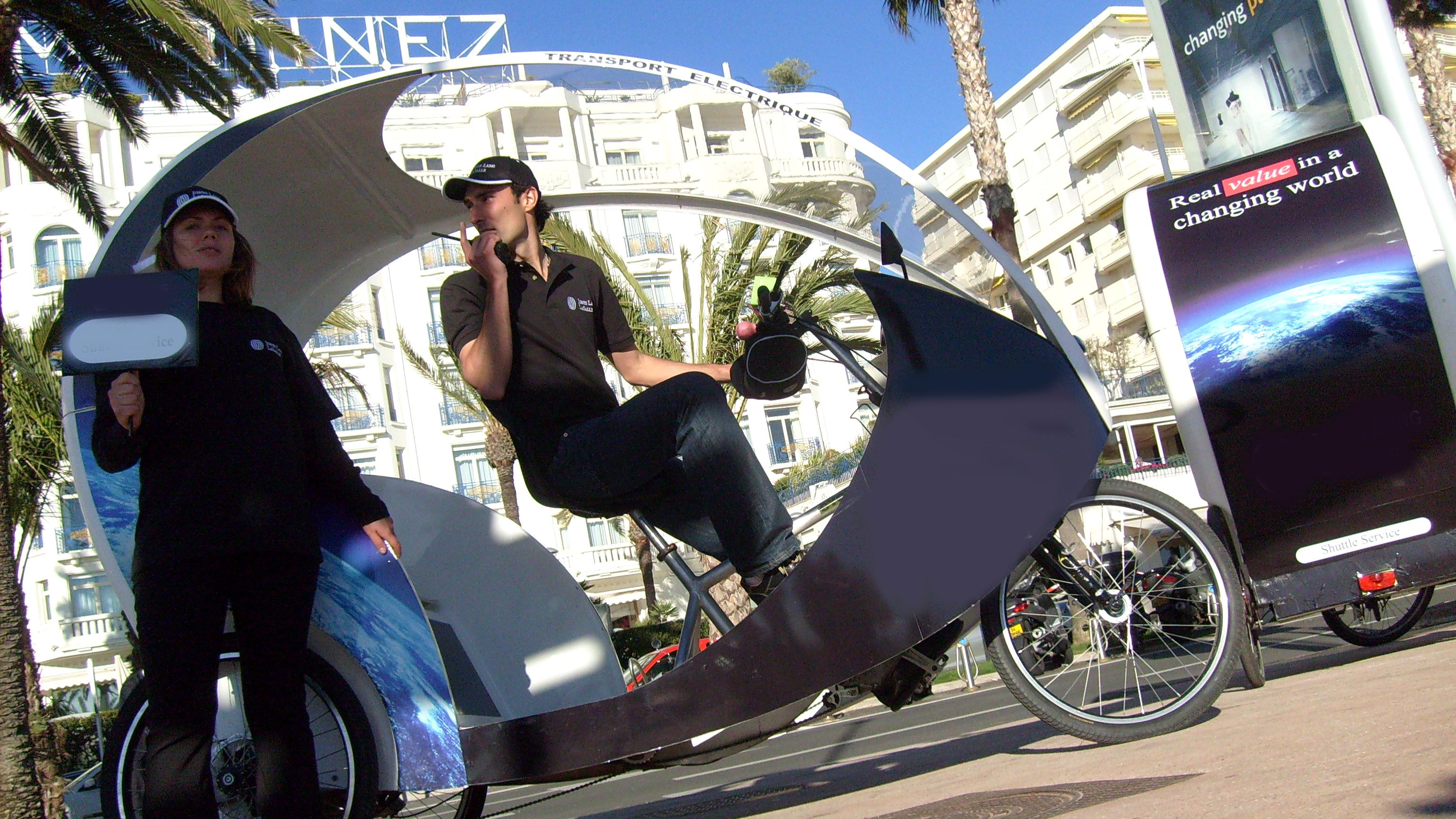 Visite guidée fun et culturelle de Nice en cyclo électrique