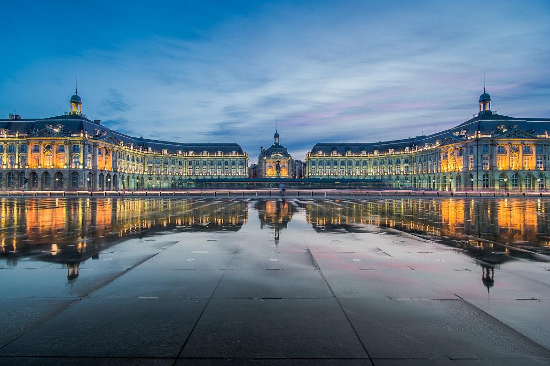 Promenade originale à travers Bordeaux en trottinette électrique