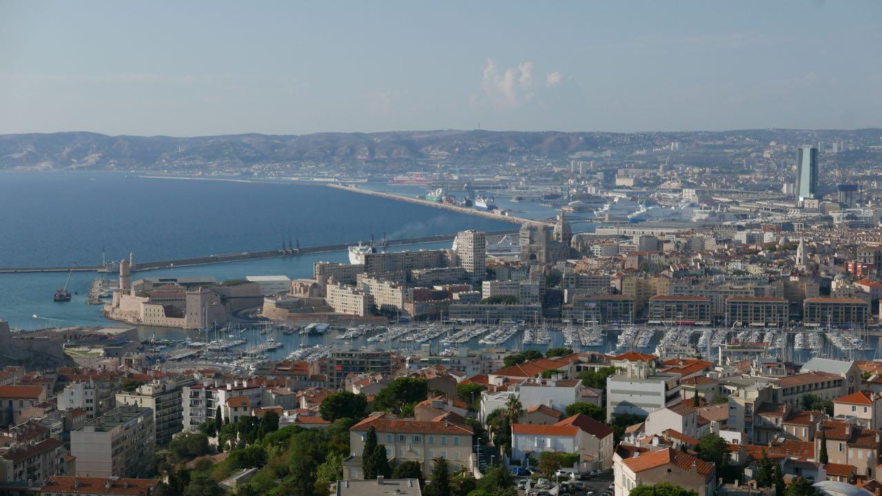 Balade insolite de Notre Dame de la Garde au Vieux Port