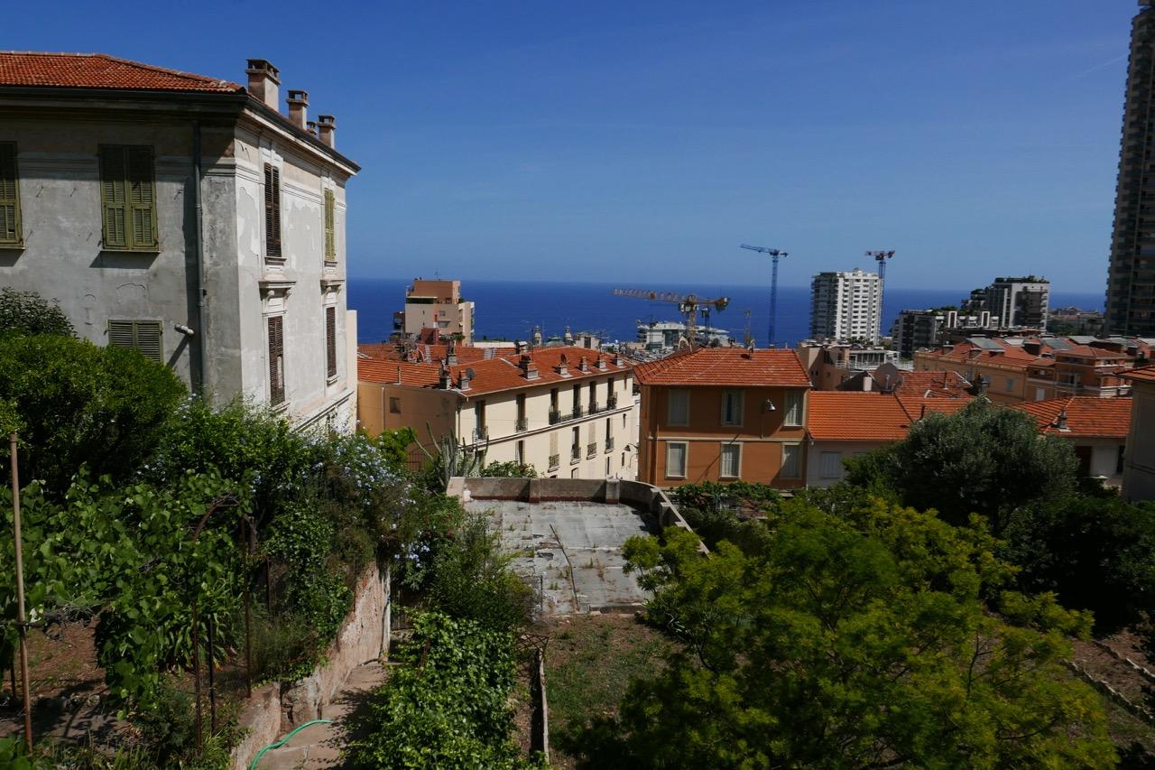 Beausoleil, le matin, repas itinérant et découverte de la ville frontalière avec Monaco