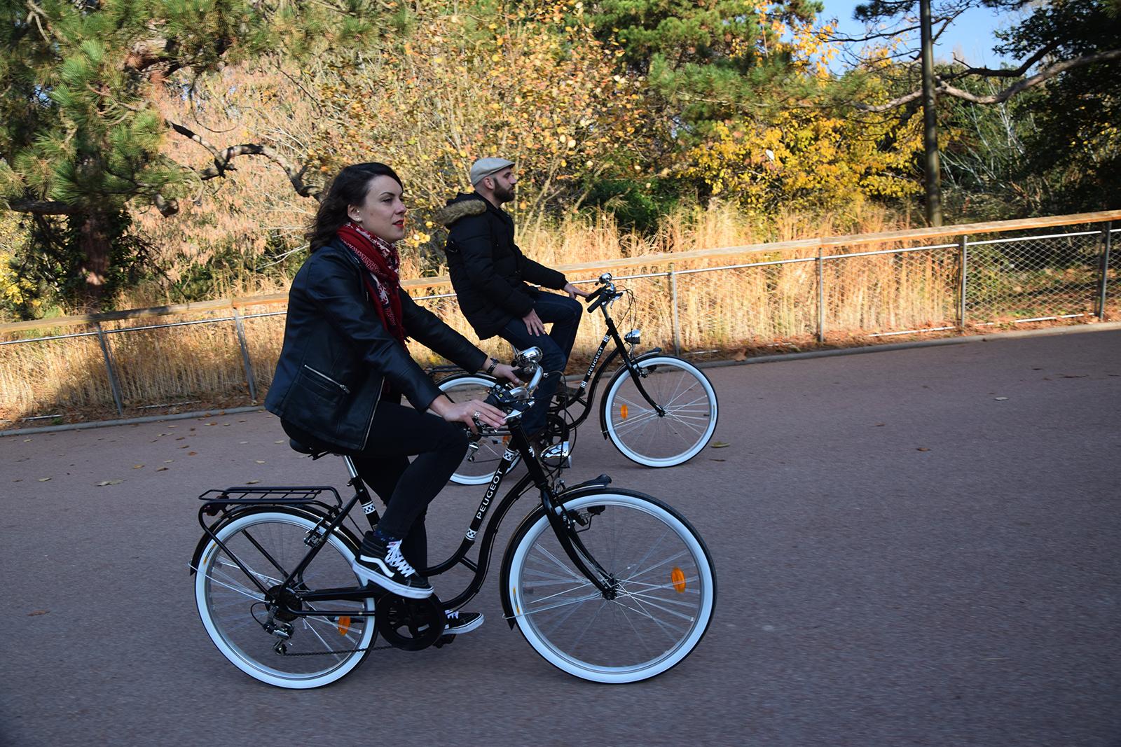 Visite originale de Lyon à vélo vintage