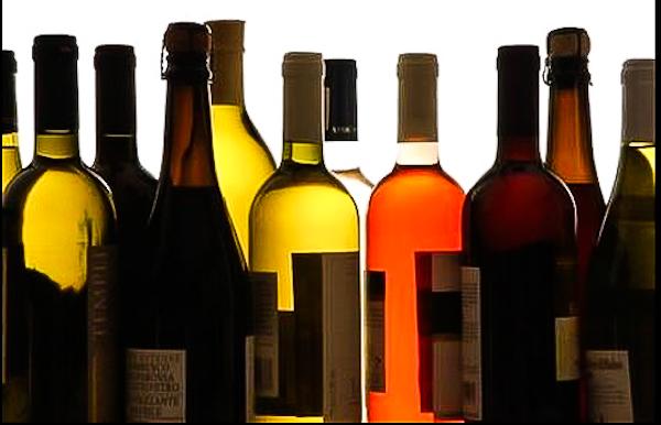 Initiation à la dégustation de vins dans un site troglodyte
