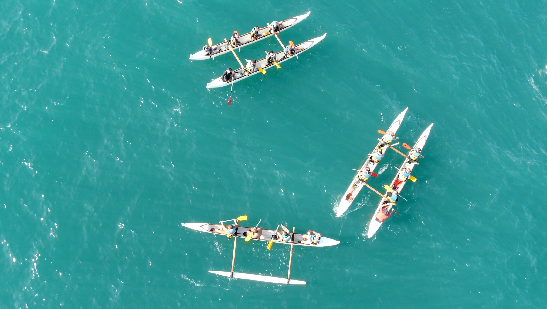 Découverte de la pirogue hawaïenne dans la baie de St-Jean-De-Luz