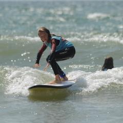 Initiation à la glisse et sensations du surf en Bretagne