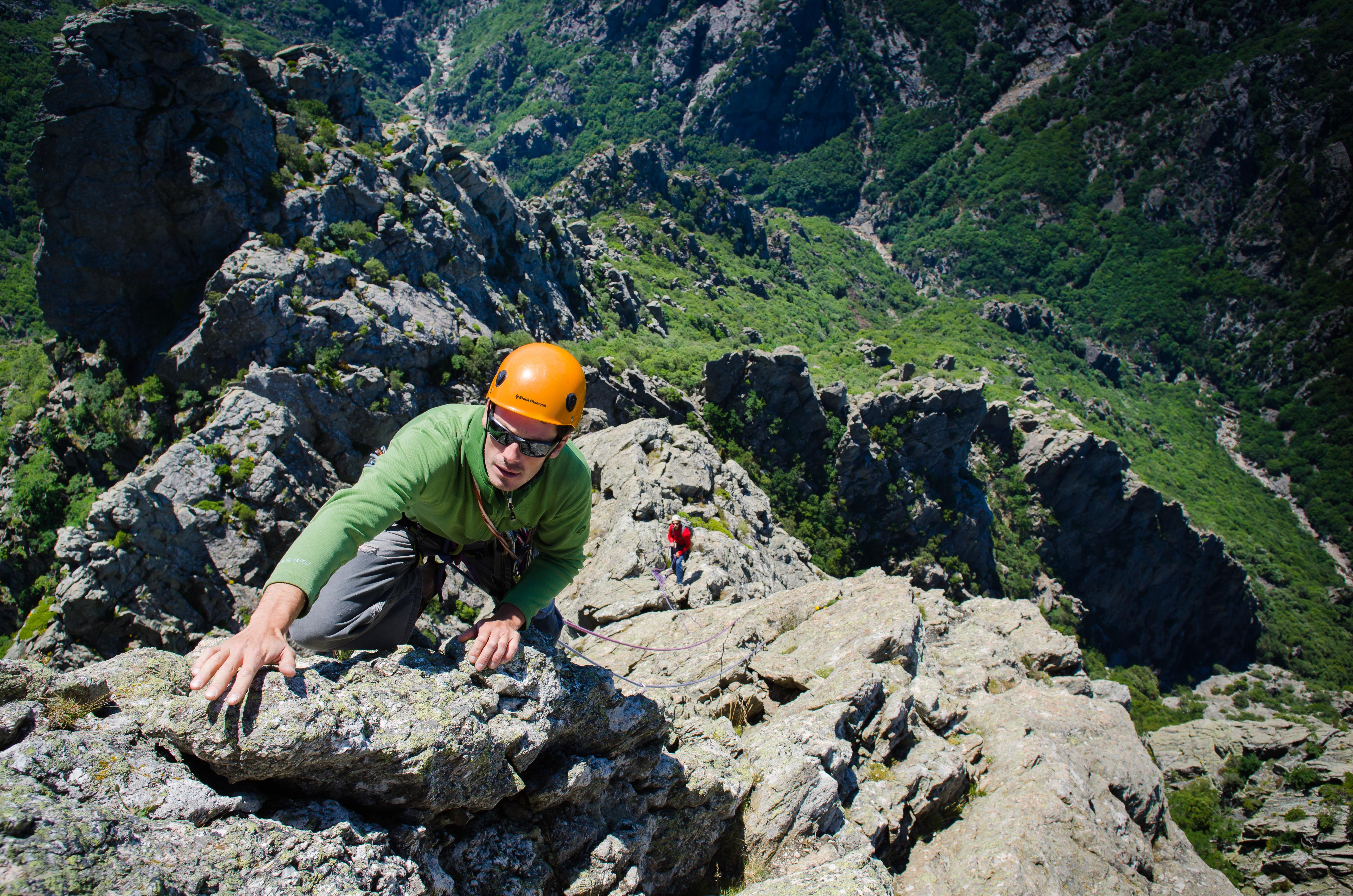 Escalade du Pic St Loup jusqu'aux Gorges du Tarn