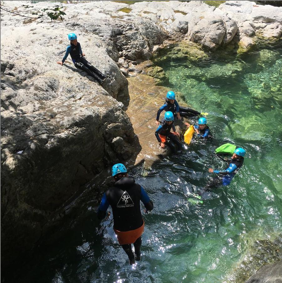 Demi journée initiation sportive de canyoning près de Saint Lary