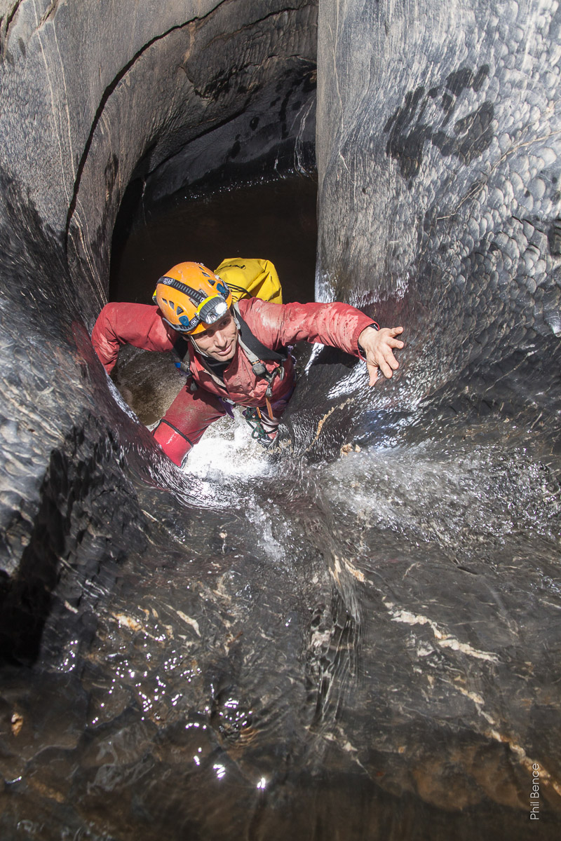 Spéléologie dans La Grotte de Vicdessos