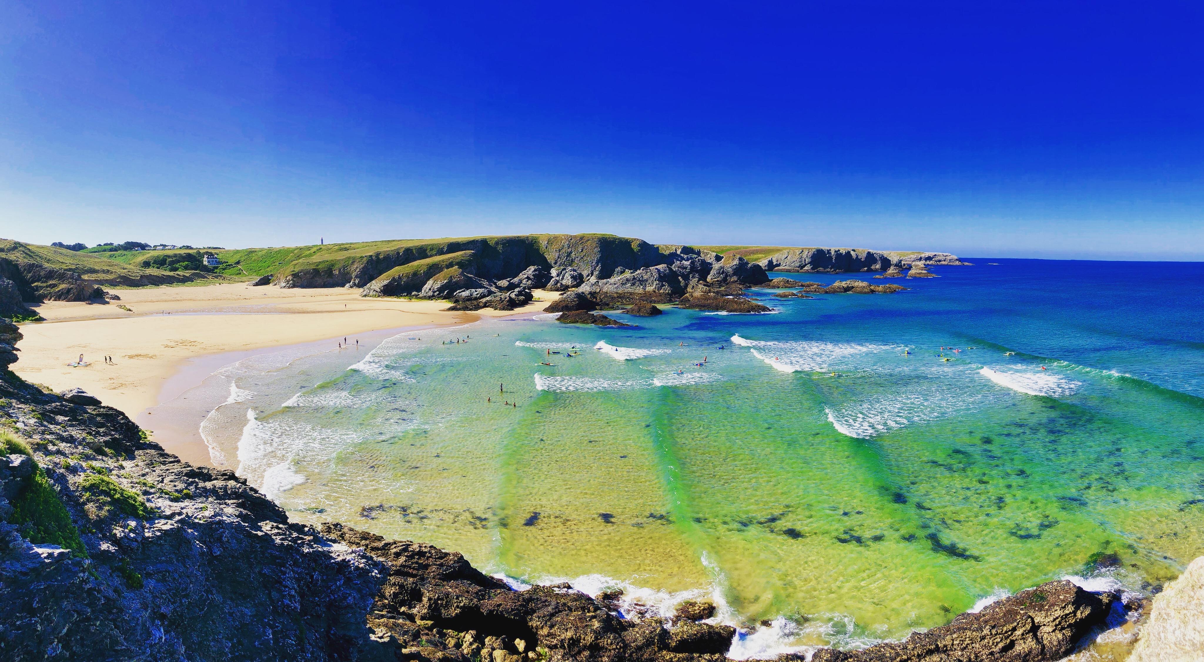 Cours de surf en Bretagne