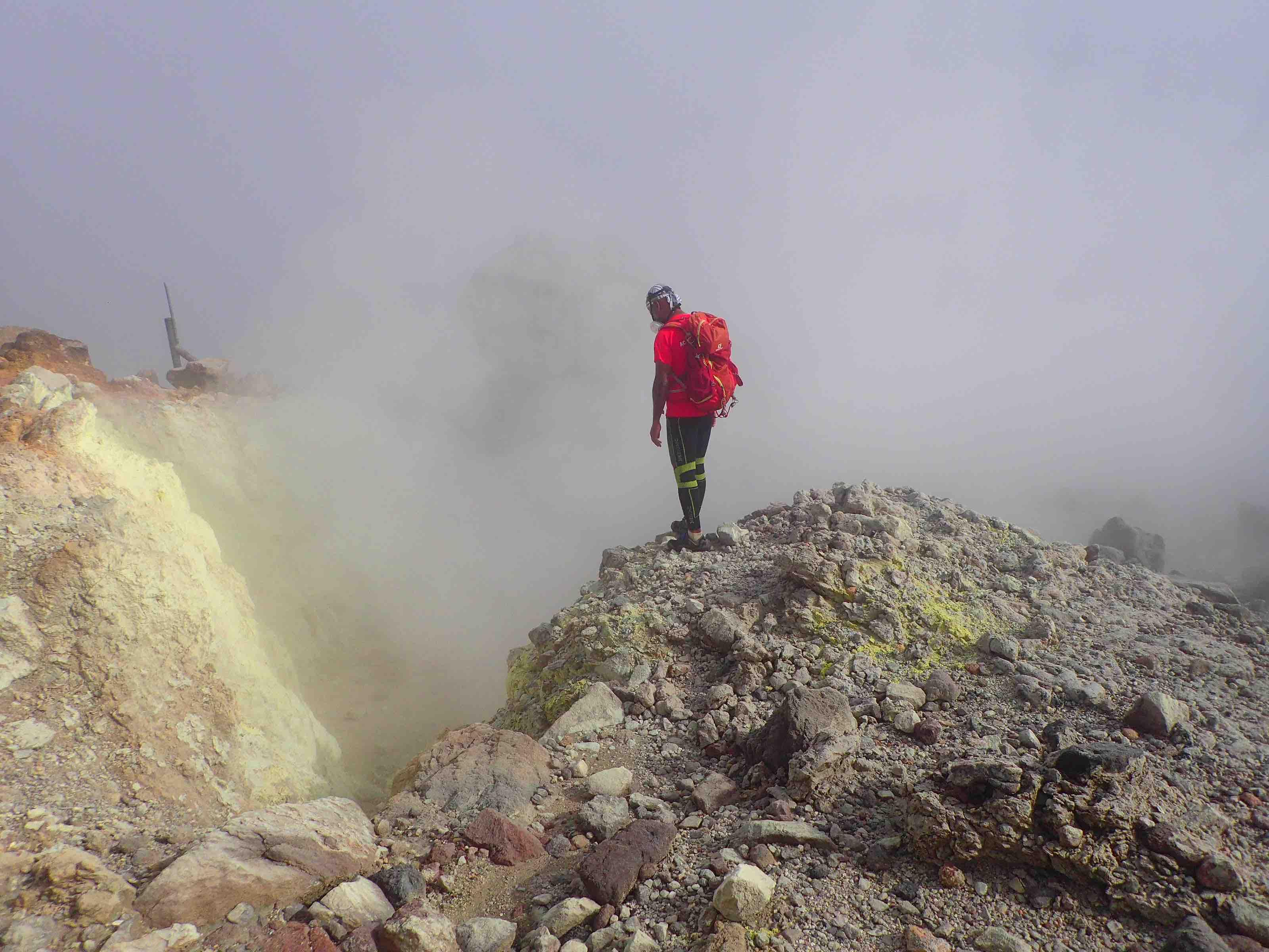 Randonnée sur la Soufrière, le volcan actif de Guadeloupe !