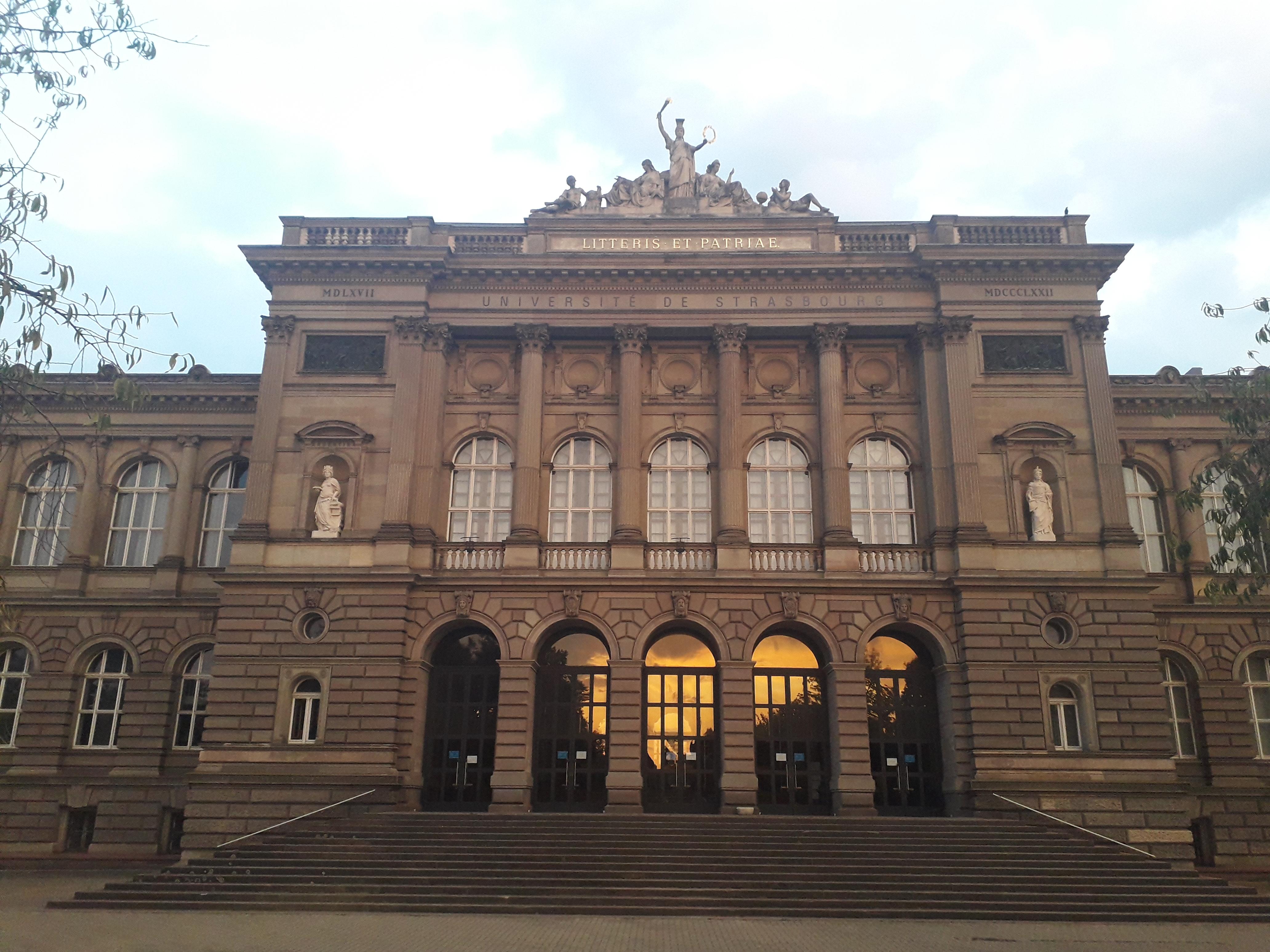 Visite historique du quartier de la Neustadt à Strasbourg