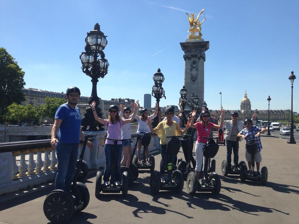 """Balade """"Trésors cachés de Paris"""" en segway"""