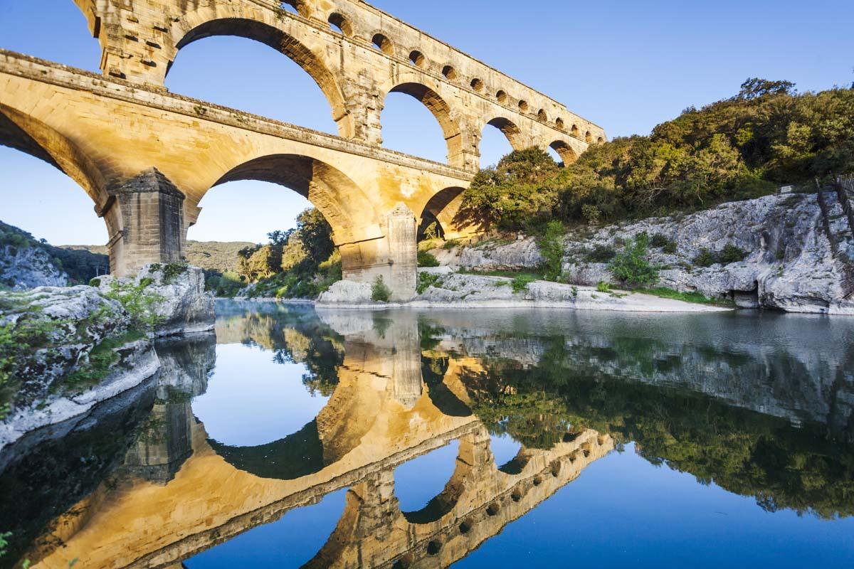 Excursion entre histoire, art et vin en Provence et Languedoc