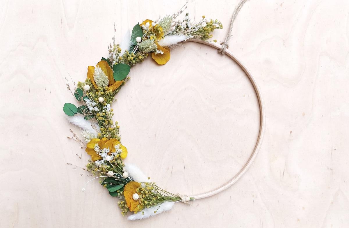 Atelier DIY fabrication de couronnes de fleurs à Paris