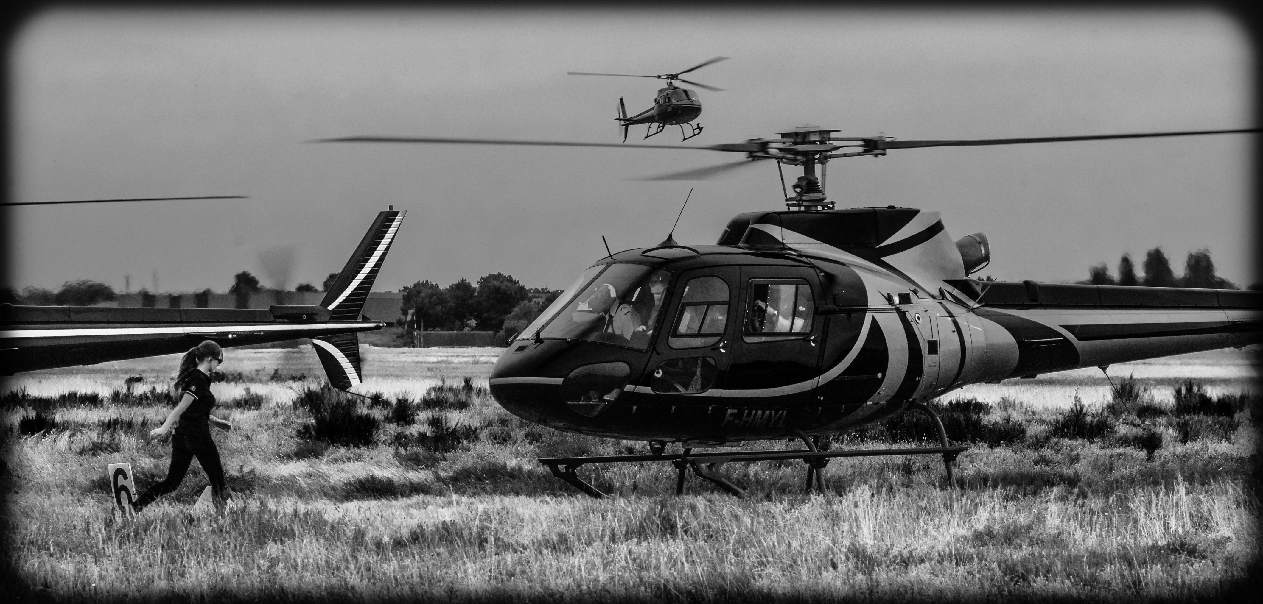 Promenade dans les airs en hélicoptère à Etretat