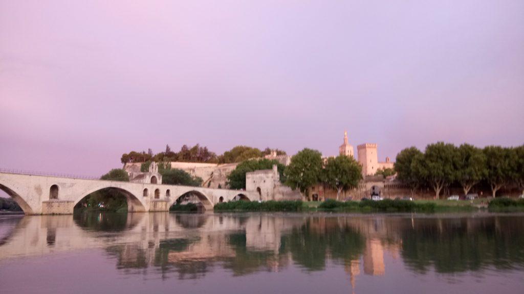 Balade en bateau découverte d'Avignon
