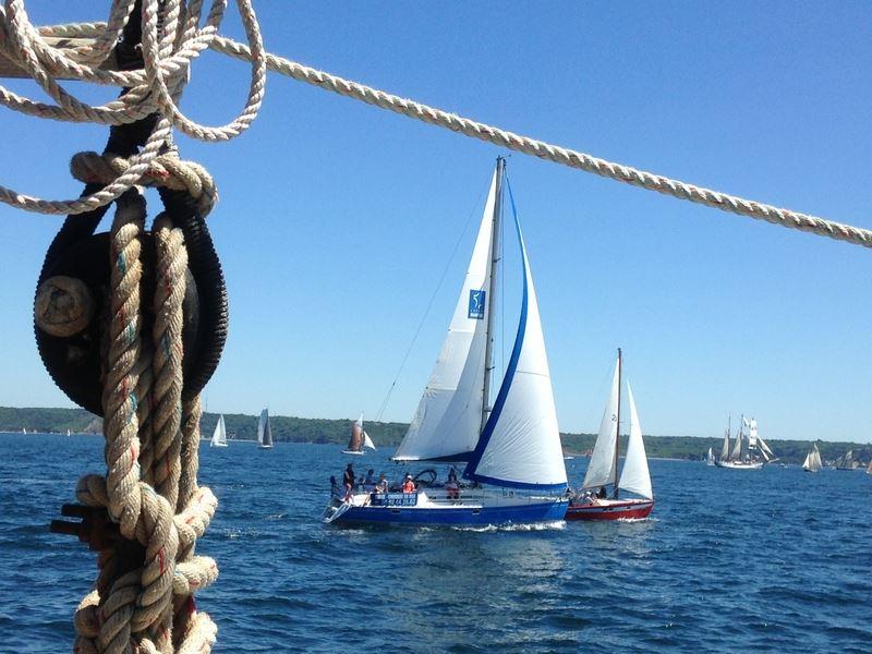 Visite de la Pointe du Raz par la mer en voilier