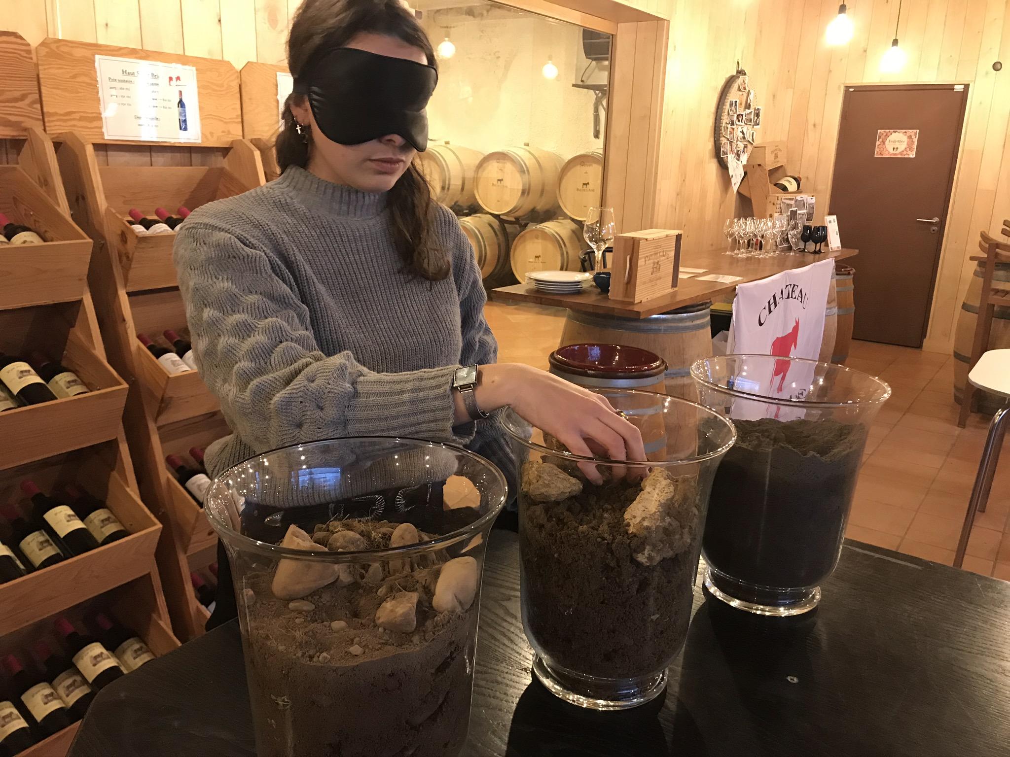 Dégustation insolite de vins dans le noir