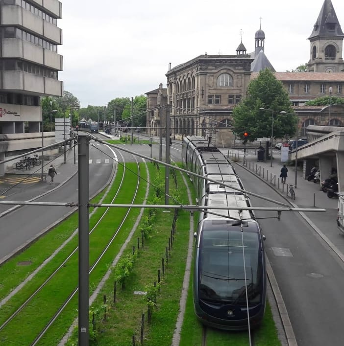 Visite du Quartier de Mériadeck à Bordeaux