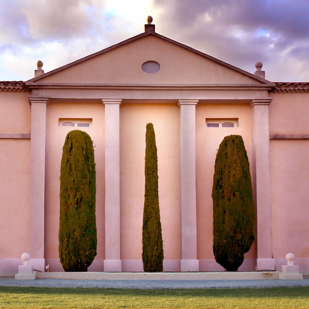 Visite et dégustation de vins dans un Château Côtes de Provence Sainte Victoire à Puyloubier