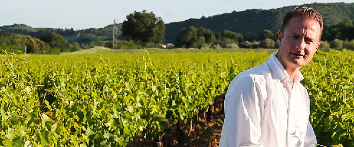 Découverte des vignobles du Luberon avec un guide passionné d'oenologie