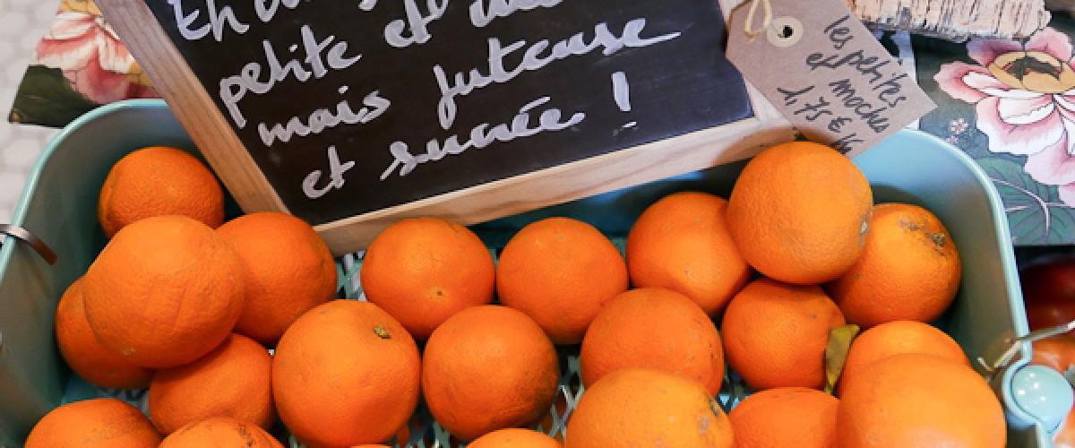 Faubourg St Antoine : repas nomade dans le Marché d'Aligre