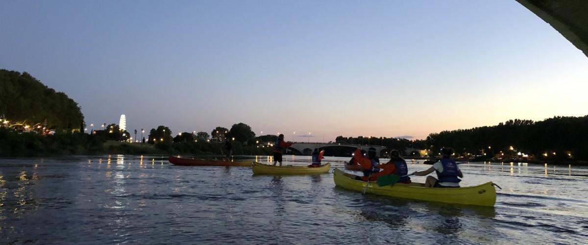 Descente nocturne en canoë à Avignon