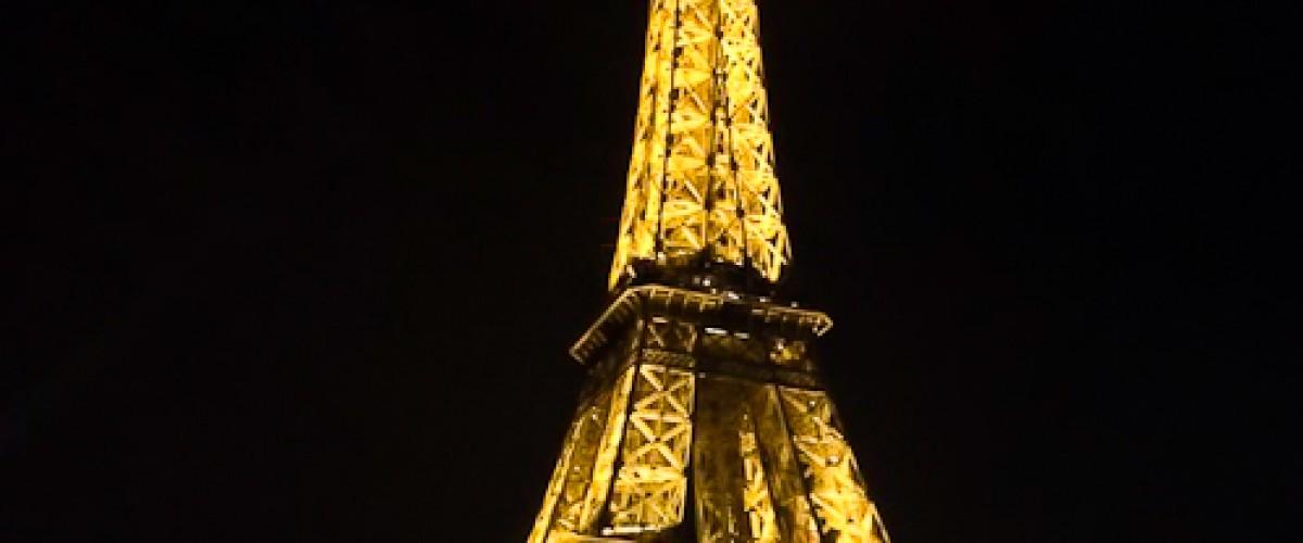 Paris de nuit en Honda Goldwing