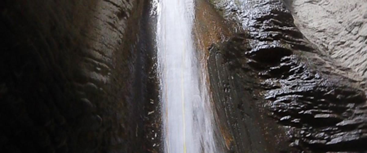 Canyoning: Initiation au canyon d'Angon, tout près d'Annecy