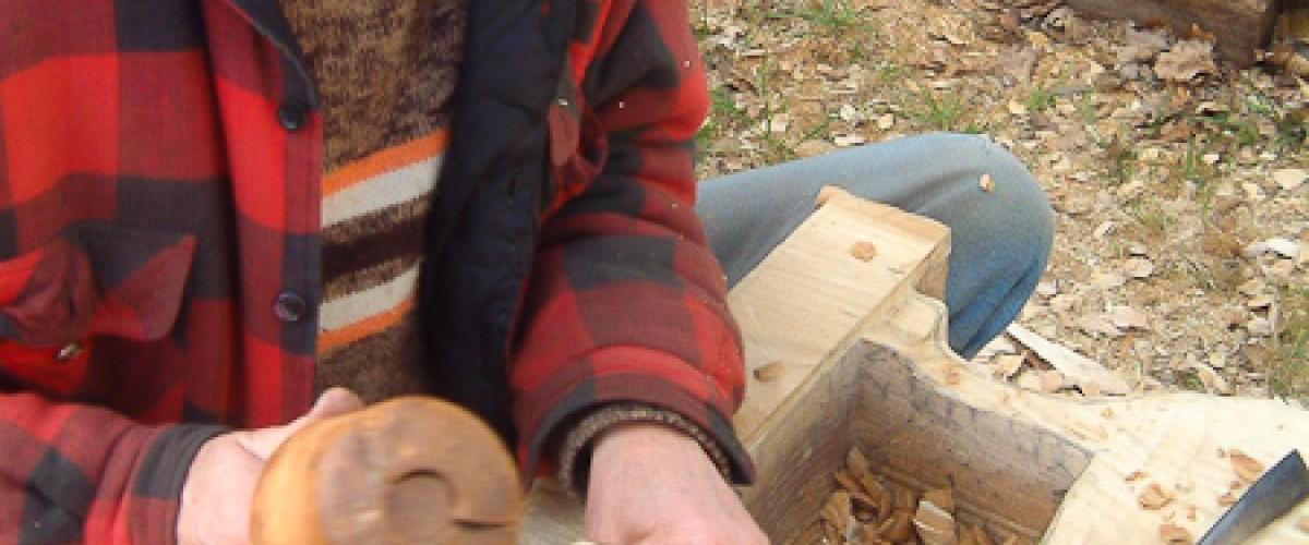 Stage de sculpture sur bois avec un passionné, au sud de Morlaix