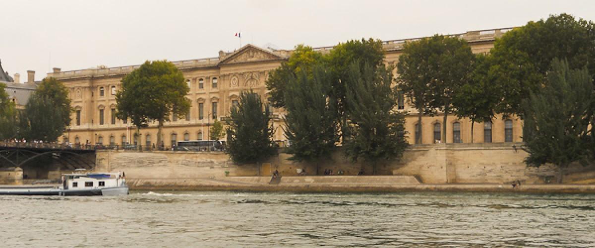 Balade en trottinette le long de la Seine : les grands monuments