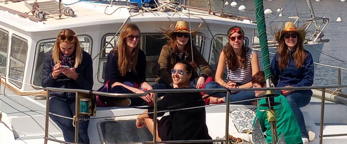 Sortie bateau et apéritif au coucher du soleil à Marseille !
