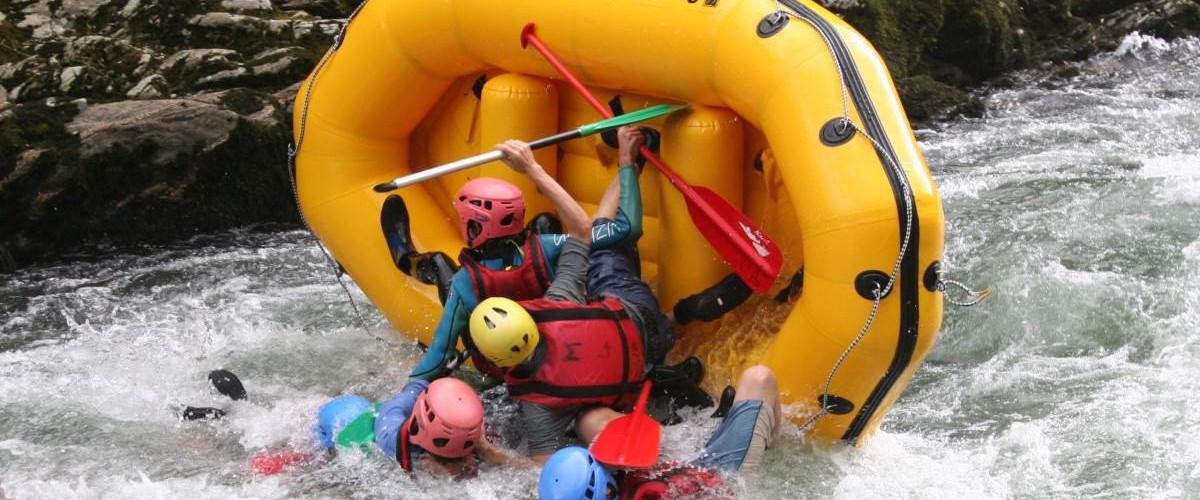Mini raft sur la Nive, au cœur du Pays Basque