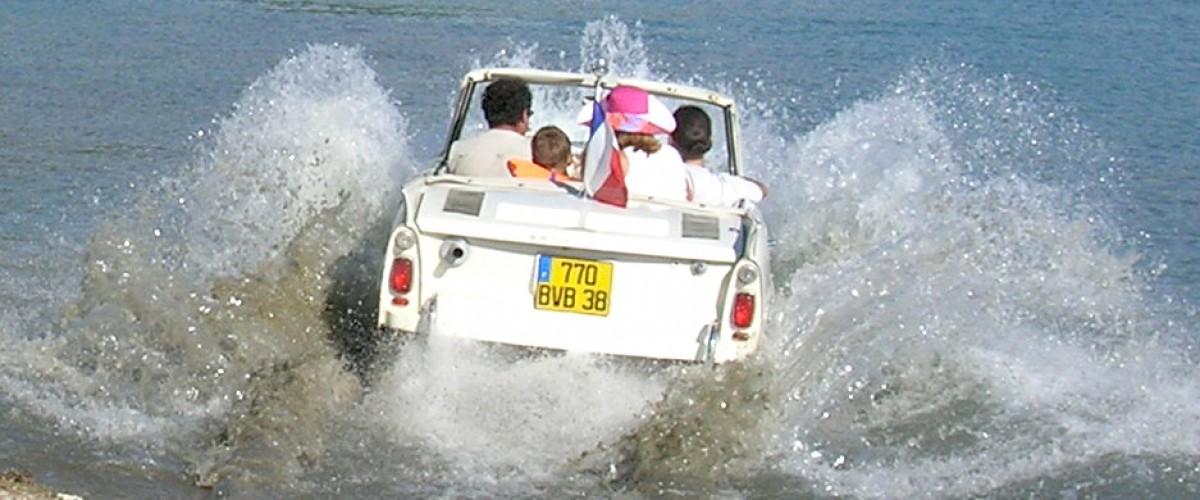 Promenade insolite en voiture amphibie sur le Rhône