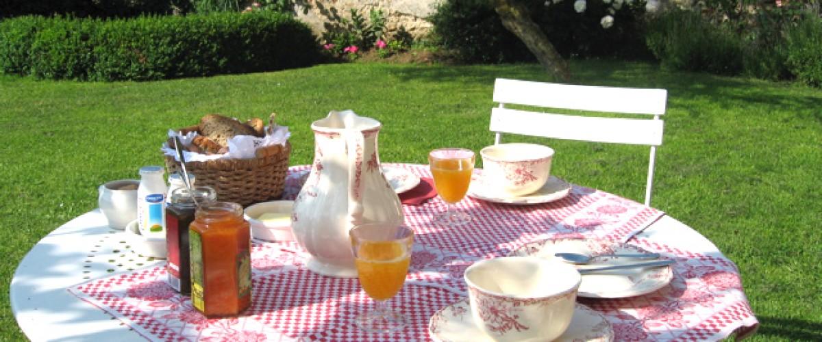Visite d'une ferme du XVIIème et goûter bio près de Chartres