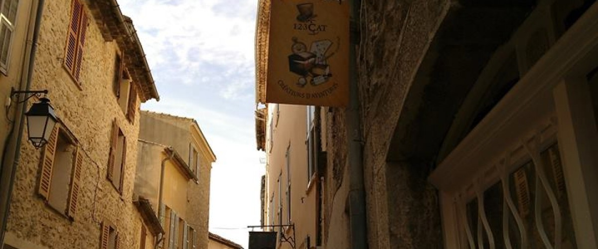Jeu de piste insolite dans un village haut perché des Alpes-Maritimes