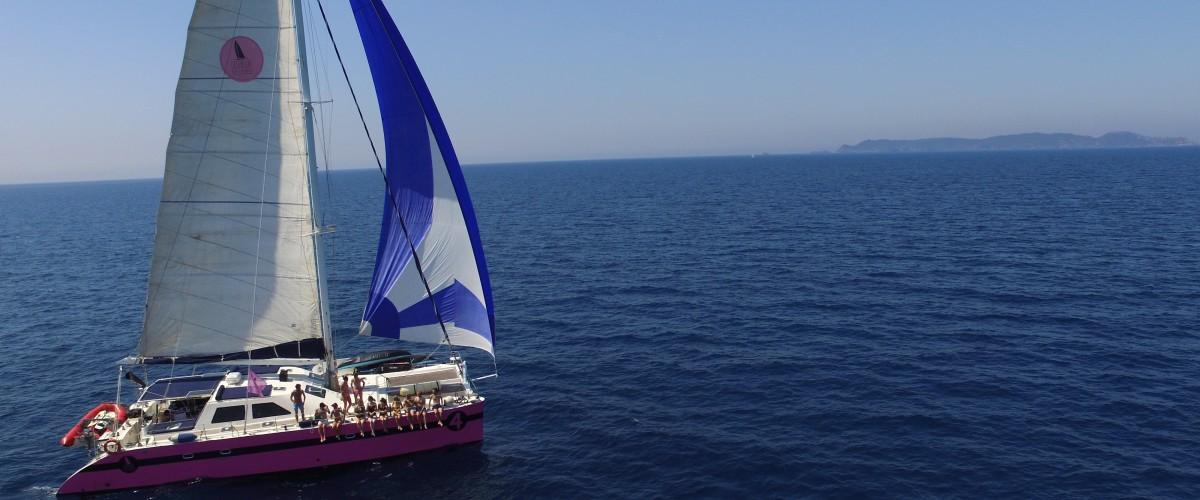 Sortie en catamaran au coucher du soleil dans la baie du Lavandou