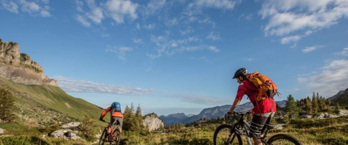 Sorties VTT électrique en Vallée de Chamonix avec guide privé