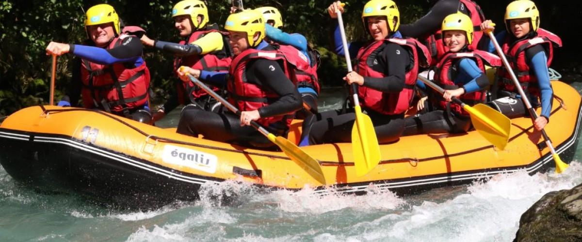 Initiation rafting pour enfant sur le Doron de Bozel