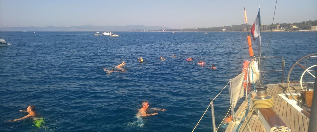 Balade en mer en demi-journée à bord d'un voilier à Fréjus
