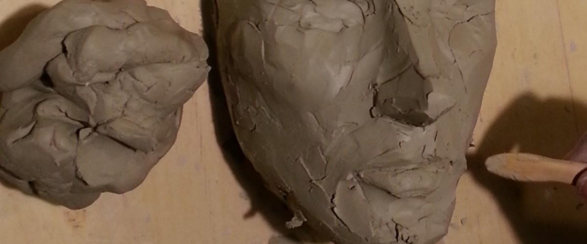 Stage de modelage sur argile avec un modèle vivant à Bordeaux