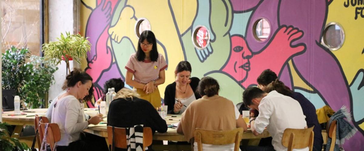 Atelier à distance d'initiation au brush lettering à Paris
