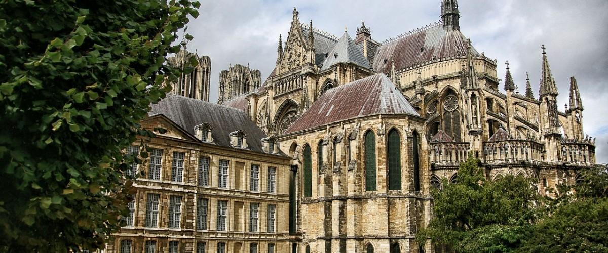 Visite guidée ludique du centre-ville de Reims