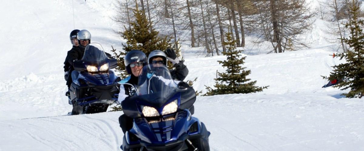 Randonnée en motoneige à Isola 2000