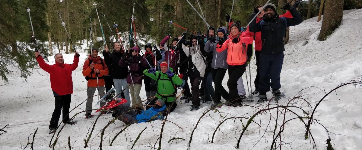 Sortie raquettes familiale avec construction d'igloo à la Forêt-Noire
